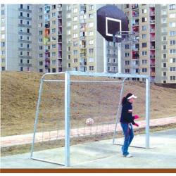 Utcai foci kapu palánkkal