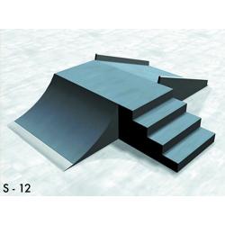 Ugródoboz lépcsõvel